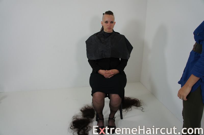 side shaved girl