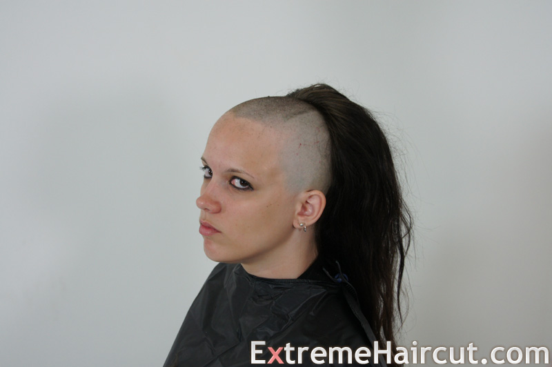 shaved the top of her head 2