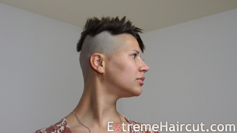 asymmetrical half shaved hair 2